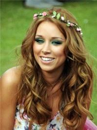 Una Healy looks the very picture of summer in another Rock N Rose piece.