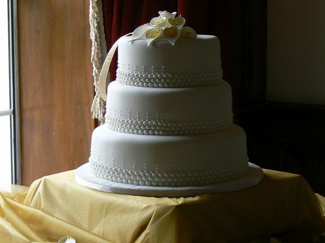 Cakes, Three-Tier Wedding Cake with Bead Piping & Lilies (eight different cake flavours available).