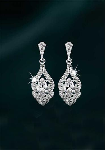 Jewellery, Newbridge Maureen O' Hara Drop Earring Clear Stone