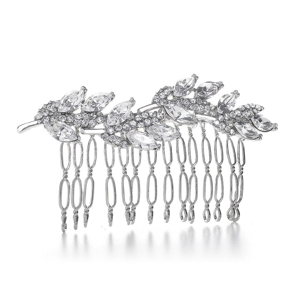 Jewellery, Debbie. Set with Austrian crystals. Place at the top of you veil to hide the comb, on the