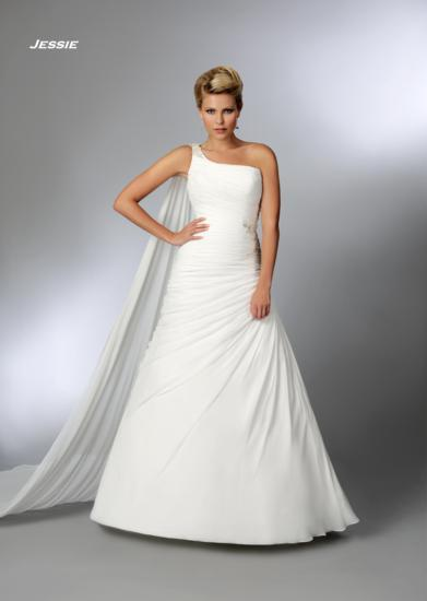 Bridal Dresses, Jessie wedding dress. Alteration service available for an additional fee.