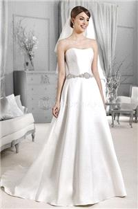 https://www.weddressous.com/en/agnes/21236-agnes-crystal-collection-2015-14153.html