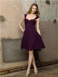 https://www.dazukleider.de/brautjungfer/448-plum-chiffon-empire-knie-lange-brautjungfer-kleid-mit-br