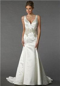 https://www.celermarry.com/danielle-caprese-for-kleinfeld/8063-danielle-caprese-for-kleinfeld-113079