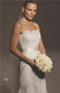 https://www.gownfolds.com/legends-romona-keveza-bridal-dress-collection-new-york/382-legends-romona-