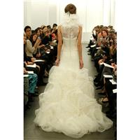 https://www.granddressy.com/en/vera-wang/11230-vera-wang-c-bridal-fall-2013-872339.html