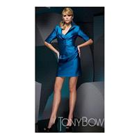 https://www.princessan.com/en/tony-bowls-suits/8789-elbow-sleeve-short-cocktail-suit-tony-bowls-suit