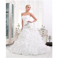 Charming A-line Strapless Beading Lace Ruching Sweep/Brush Train Organza Wedding Dresses - Dressesul