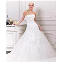 Exquisite A-line Strapless Beading Lace Sweep/Brush Train Tulle Wedding Dresses - Dressesular.com