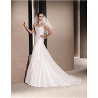 La Sposa Ralina -  Designer Wedding Dresses|Compelling Evening Dresses|Colorful Prom Dresses