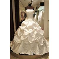 New Design Ball Gown Strapless Chapel Train Taffeta Ivory Sleeveless Lace Up-Corset Wedding Dress wi