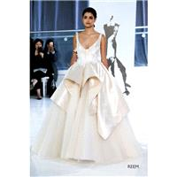 Peter Langner Spring/Summer 2018 Reem Satin Hand-made Flowers Sweet Chapel Train Sleeveless Straps B