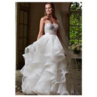 Elegant Organza Sweetheart Neckline Raised Waistline A-line Wedding Dress With Beaded Lace Appliques