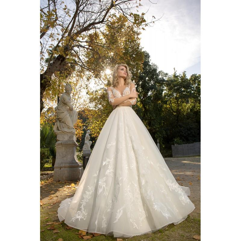 My Stuff, Louise Sposa 2018 Mersedes Ivory Chapel Train Sweet Long Sleeves Ball Gown Illusion Pearl