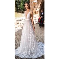 Elihav Sasson 2018 Aline Sexy Sleeveless Chapel Train Blush Deep Plunging V-Neck Hand-made Flowers T