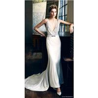 Lusan Mandongus 2017 Peridot Sweep Train Open Back Sleeveless V-Neck Sheath Ivory Satin Beading Wedd