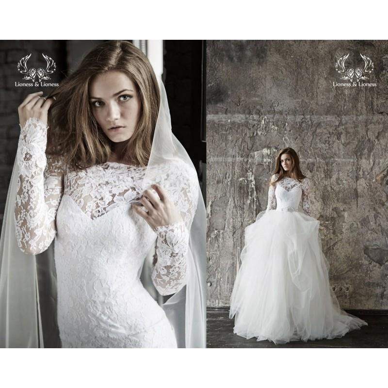 My Stuff, Wedding dress. Lace wedding dress. Long sleevs wedding dress Vera - Hand-made Beautiful Dr